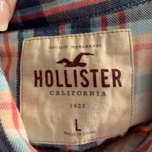 Hollister Tops - 💕Holister flannel top size large💕